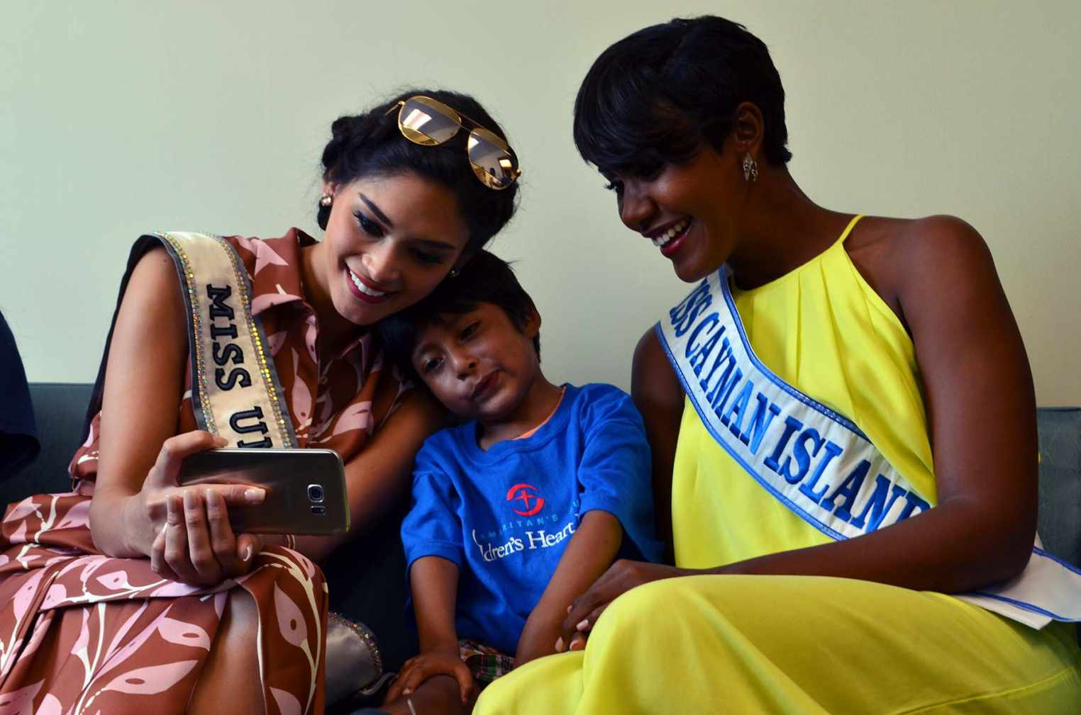 Miss Universe & Miss Cayman with Ostin