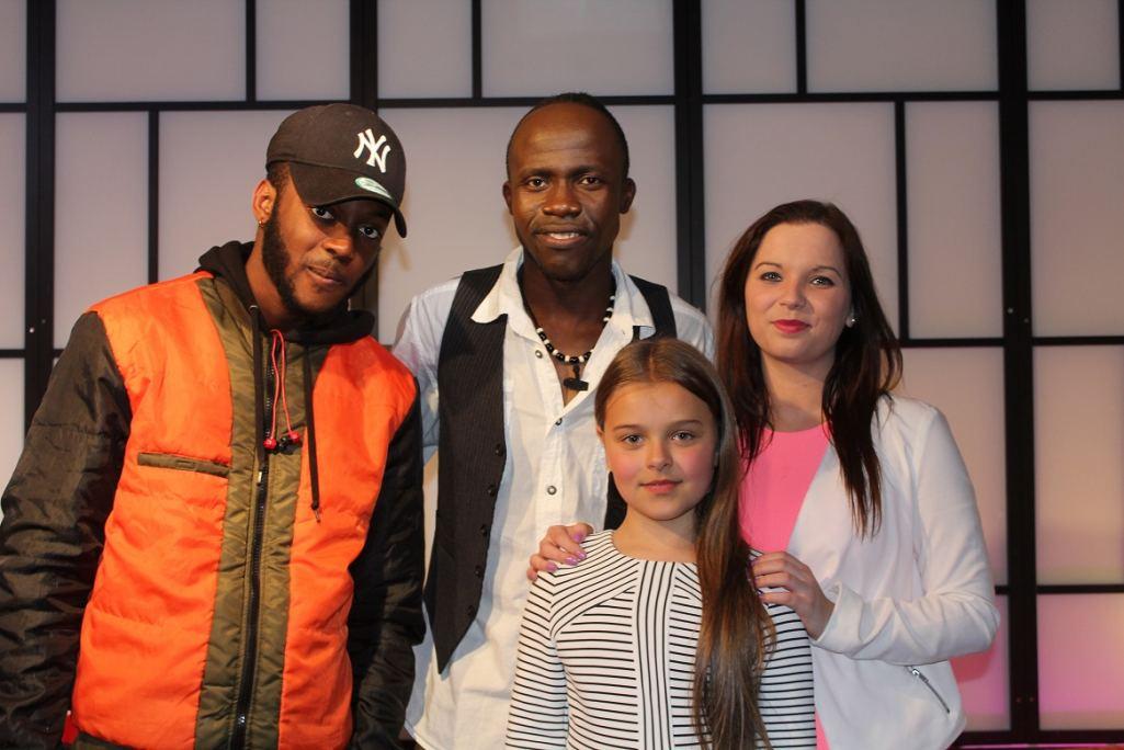 Host Chris with singer VJ Jackson,Designer Maiya & Models Dir. Teresa Creighton