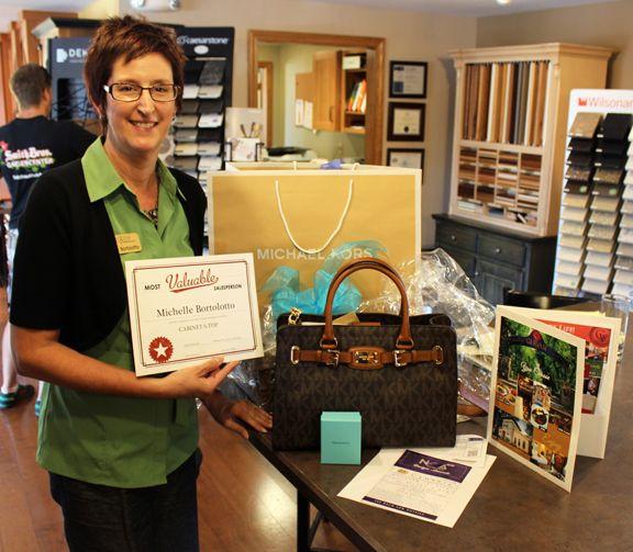 Michelle Bortolotto receives Most Valuable Salesperson Award