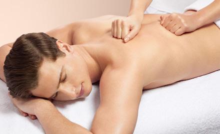 Female to male Body massage in Green Park Delhi1