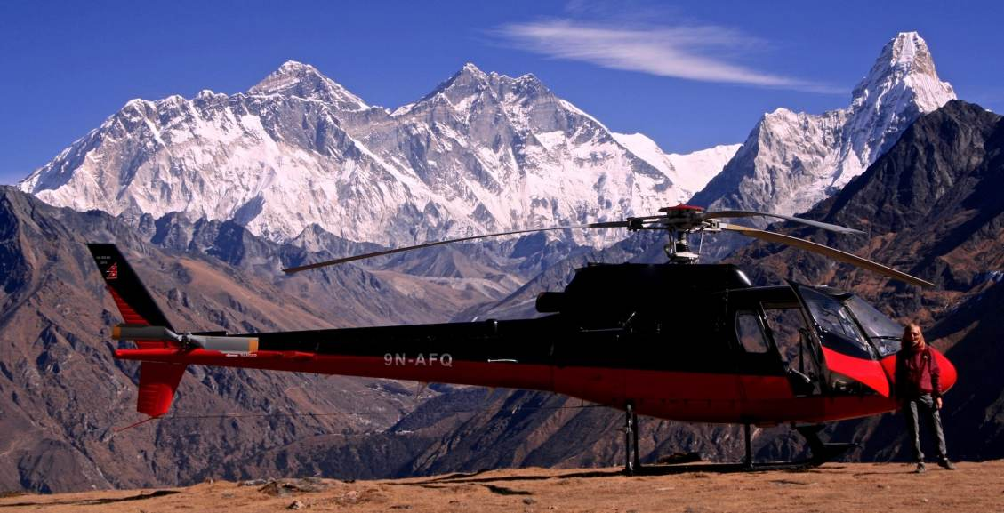 Everest by Private Helicopter