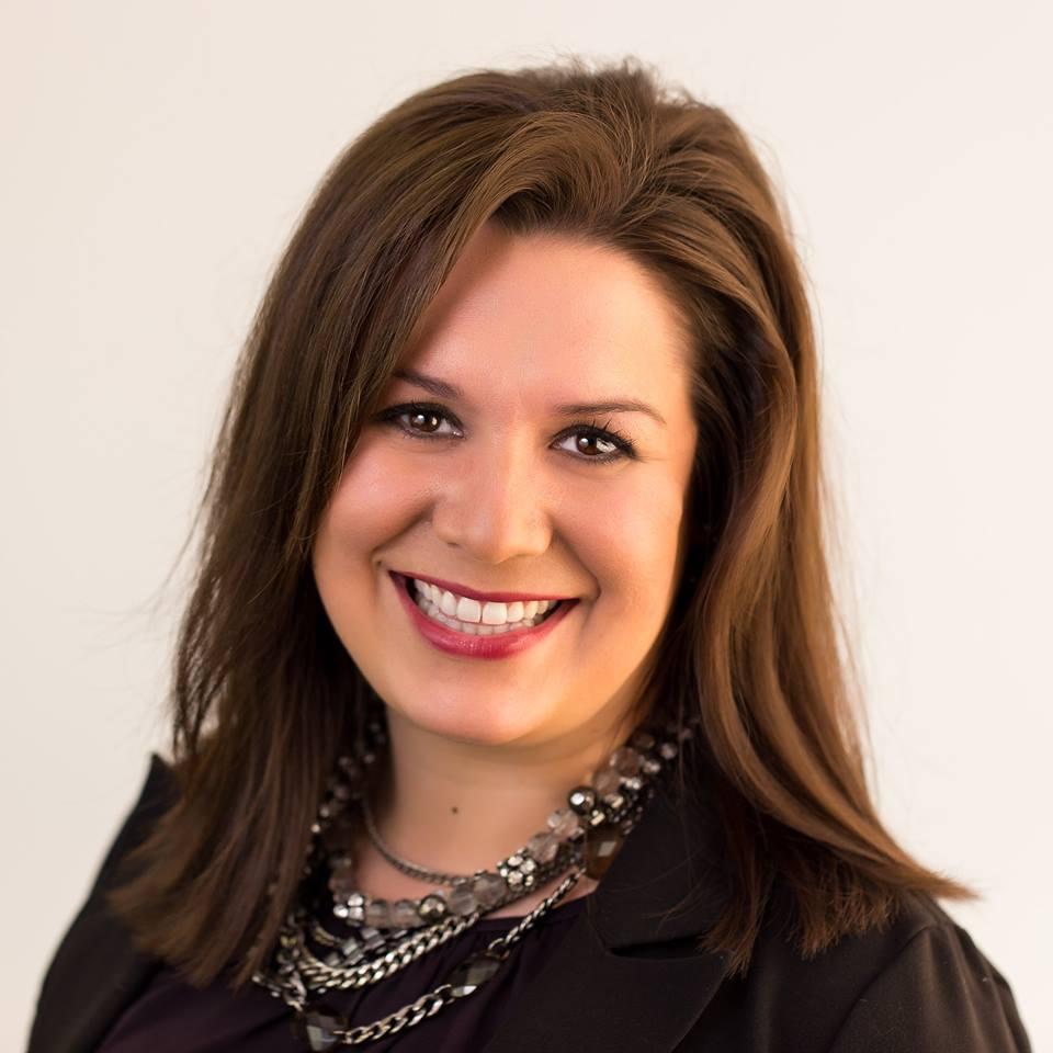 Dr. Nicole Knapp,, D.C.
