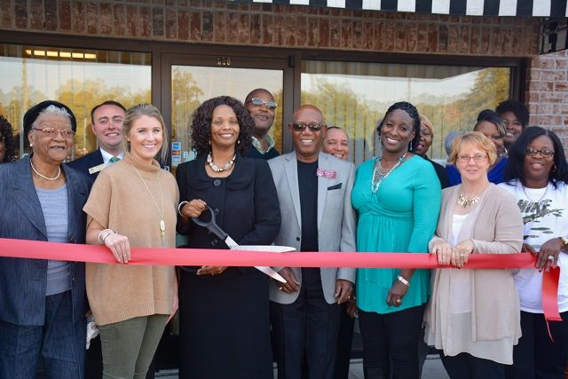 Stewart Income Tax Services Ribbon Cutting
