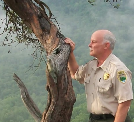 Randy Hedgepath, State Naturalist appears on Tellico Village Broadcasting