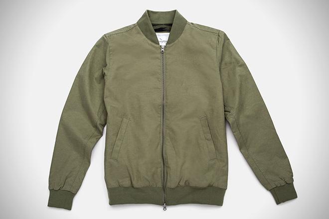 Bomber Jackets for Trendy Men of Today -- Neevov   PRLog