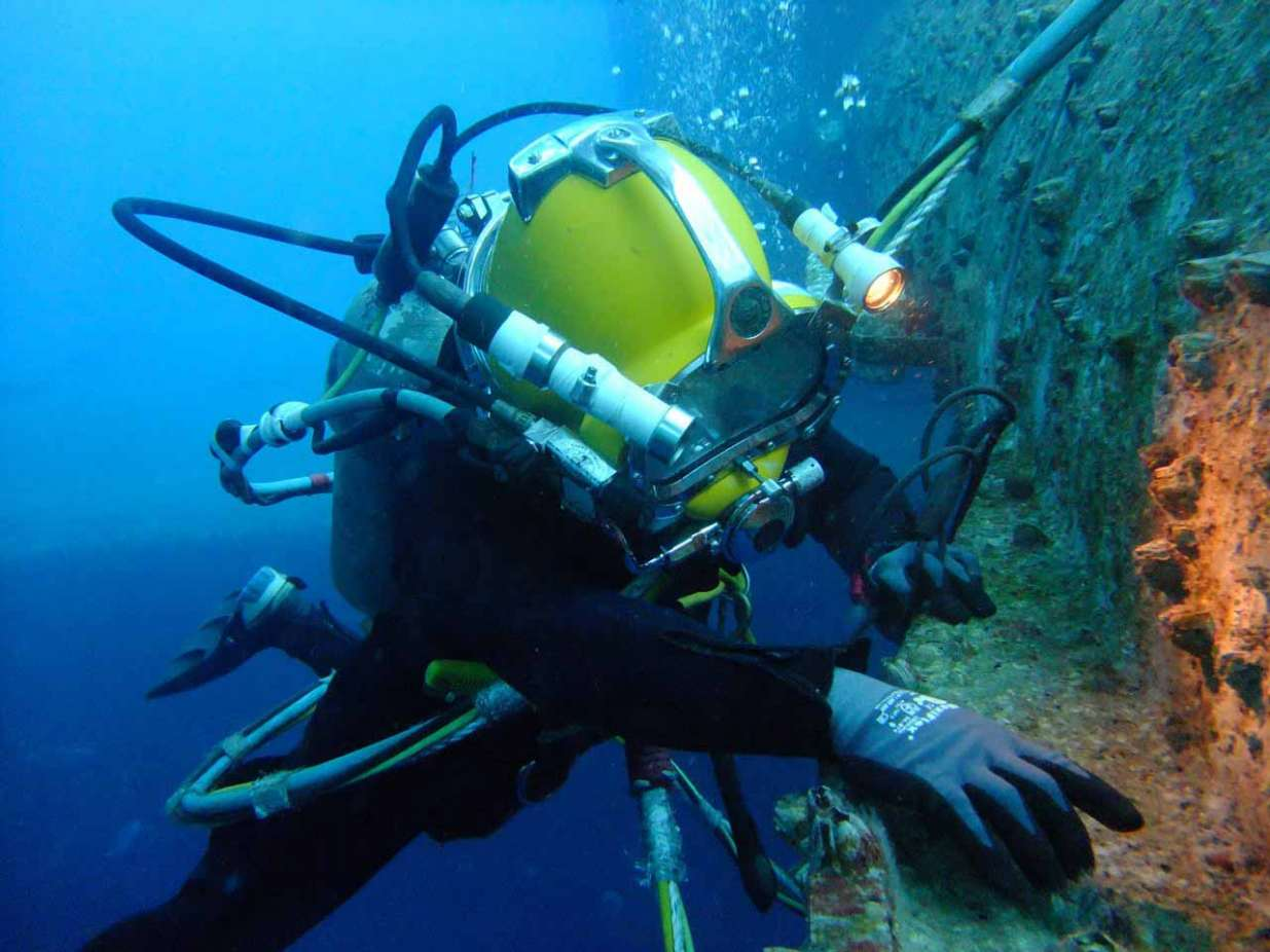 New Service Offering Range Of Commercial Diving Services