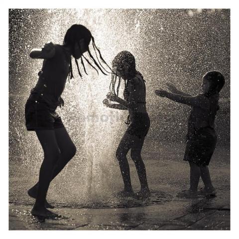 Dancing-in-the-rain.