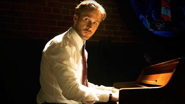Ryan Gosling playing piano in 'La La Land'