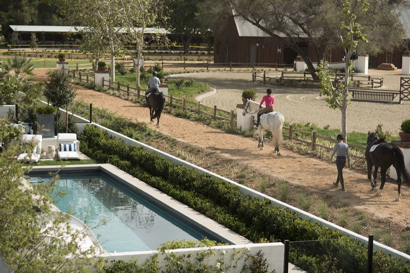 Where Horses And Homes Are Thriving The Oaks Farms In San