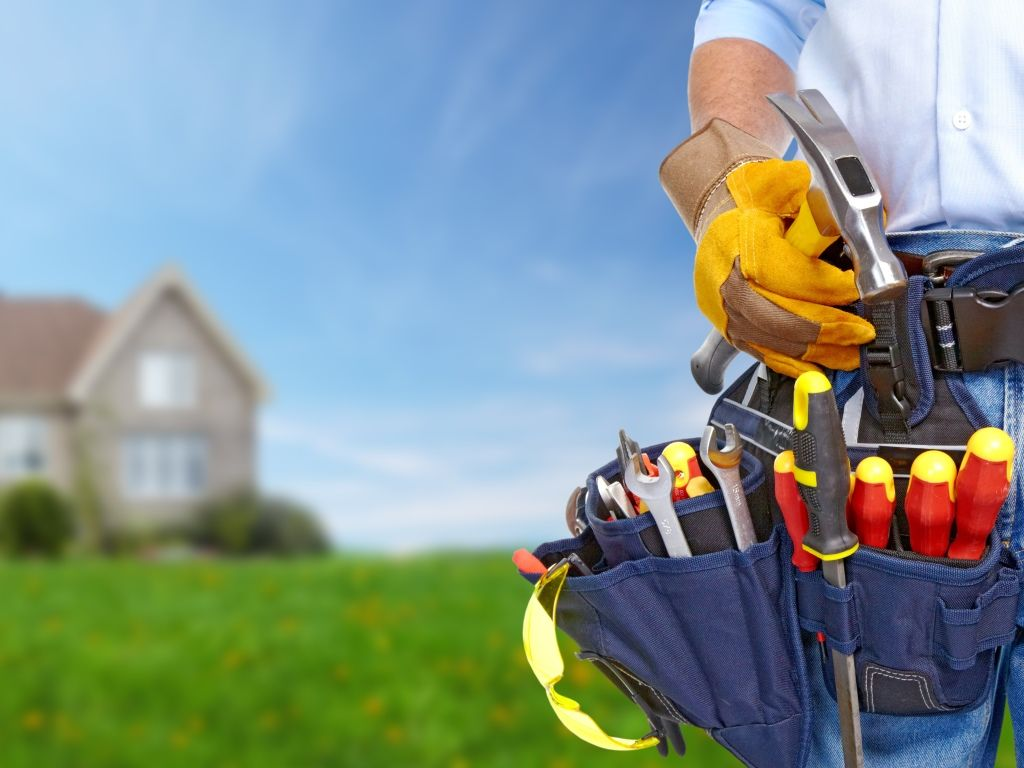 Call on (416) 477-4500 to hire the BEST Handyman