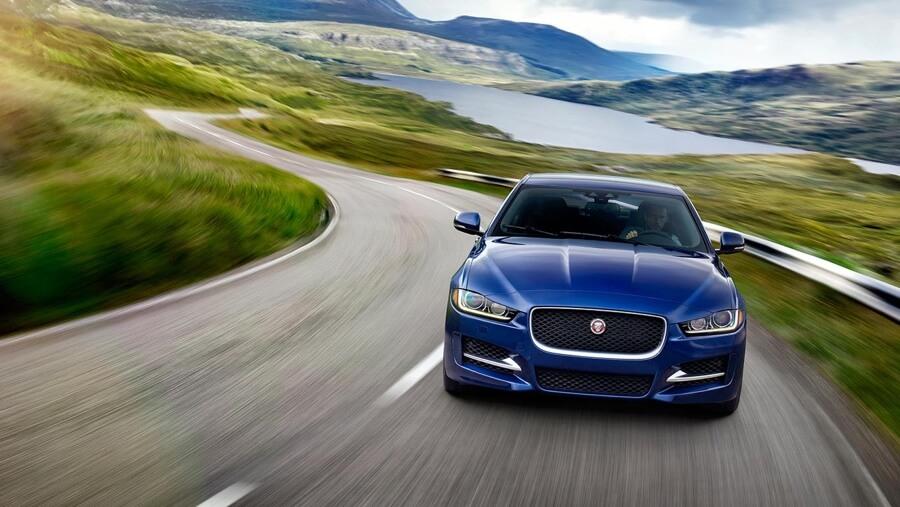 Motorwerks Of Barrington >> Motor Werks Welcomes New Jaguar Hoffman Estates Store to ...