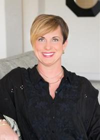 Christina Darby Affiliates with RE/MAX DFW Associates