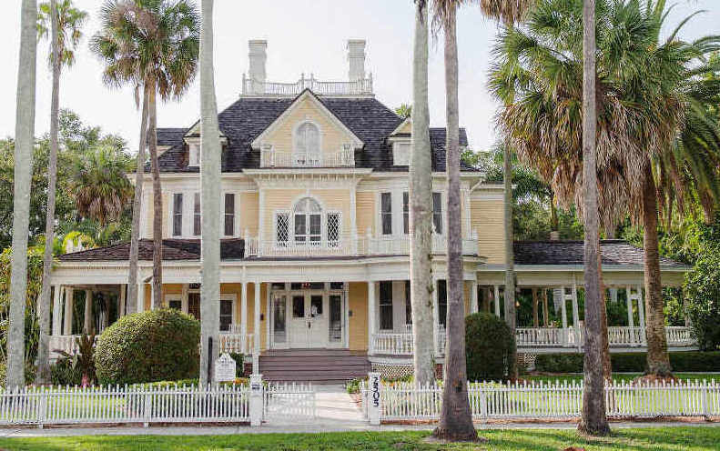 Historic Burroughs Home and Gardens, Fort Myers, Florida