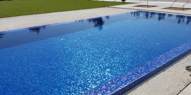 Create A Splash With Spanish Glass Mosaic Pool Tiles Tile Factory Outlet Prlog