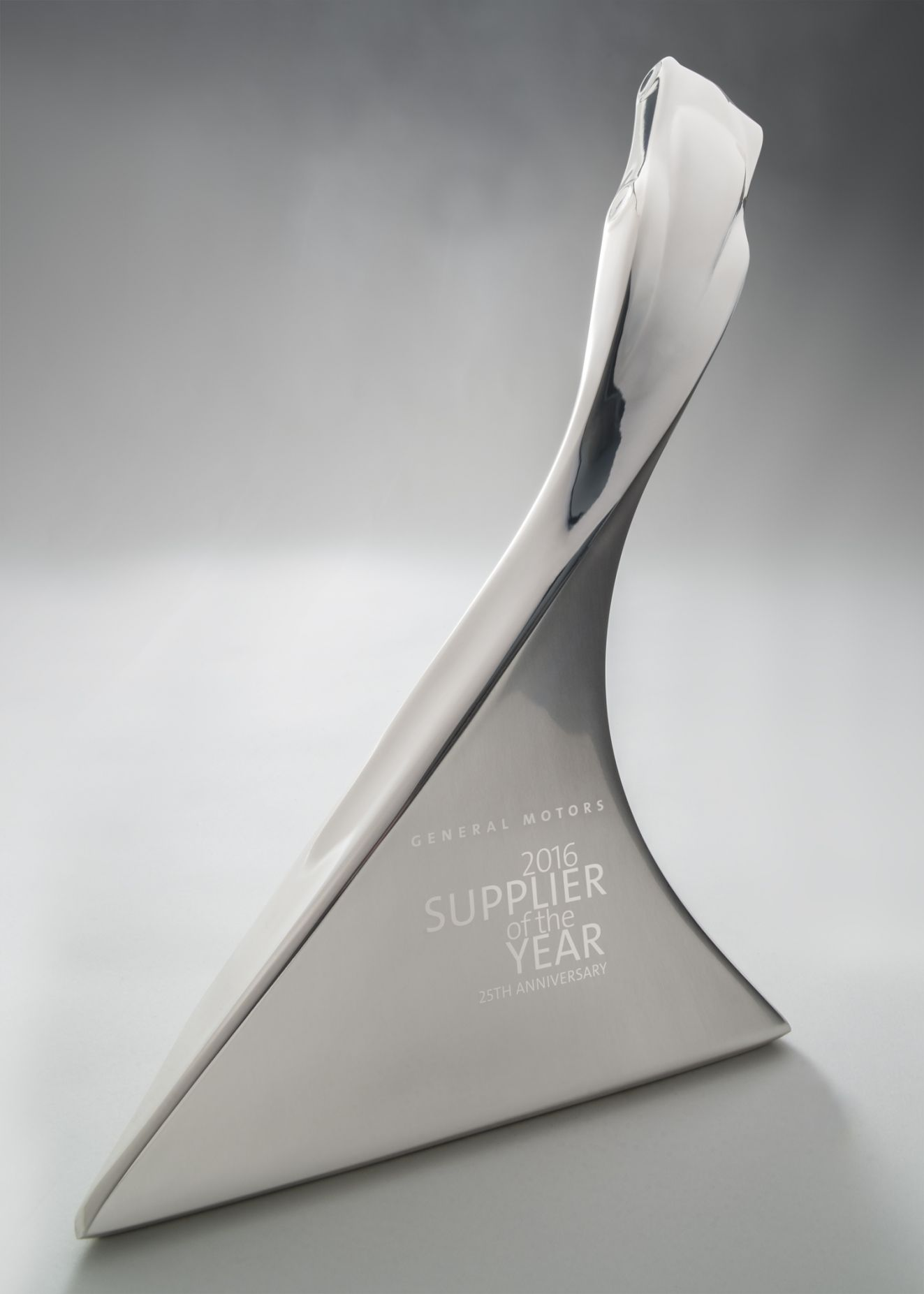 Preh Named Gm Supplier Of The Year For 2016 Preh Inc