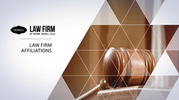corporate lawyer specialist