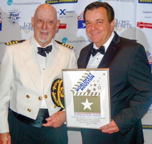 Hunter Todd,WorldFest Founder presents 2017 Platinum NASA Remi to Kevin Stirling