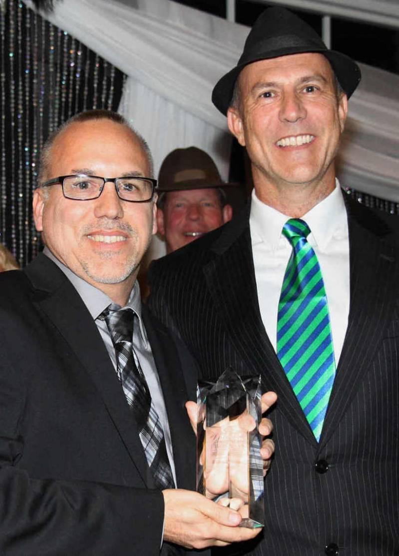 CPR Tools President John Benkert accepts Business Ethics Award from Dr. Dent