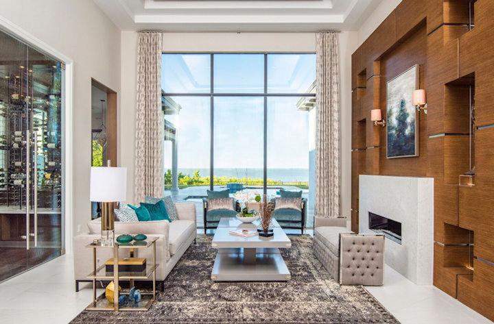 An elegant sitting room