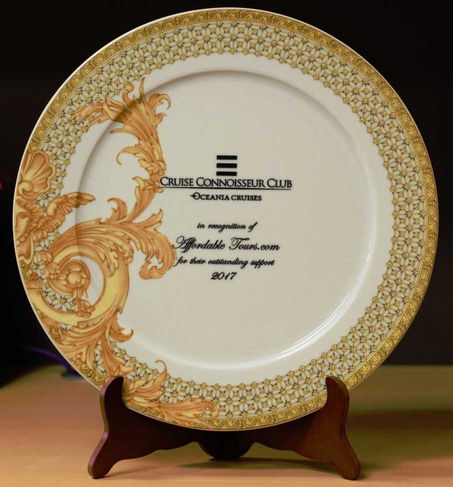 Oceania's Cruise Connoisseur Club 2017 Award Presented to AffordableTours.com