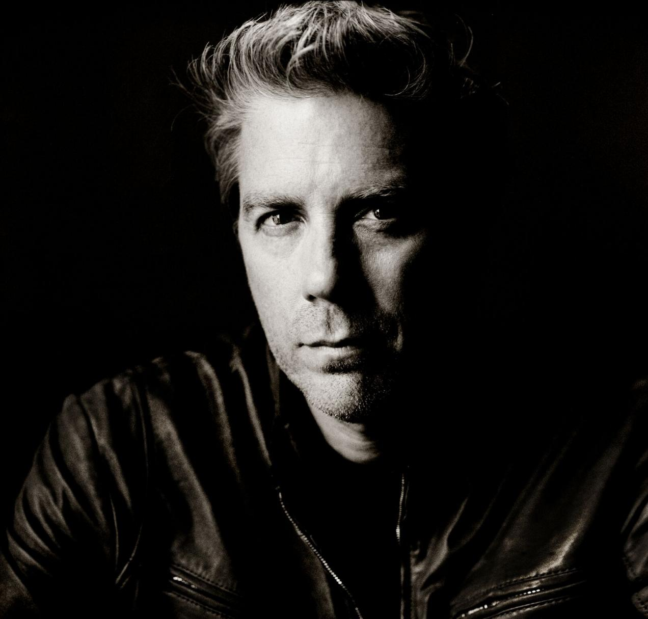 """KYLE EASTWOOD RELEASES NEW ALBUM """"IN TRANSIT"""""""
