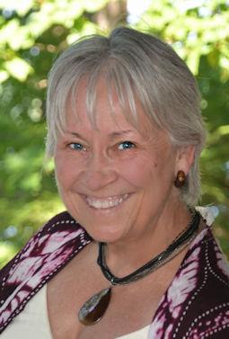 Linda Mitchell, Reiki Master Teacher