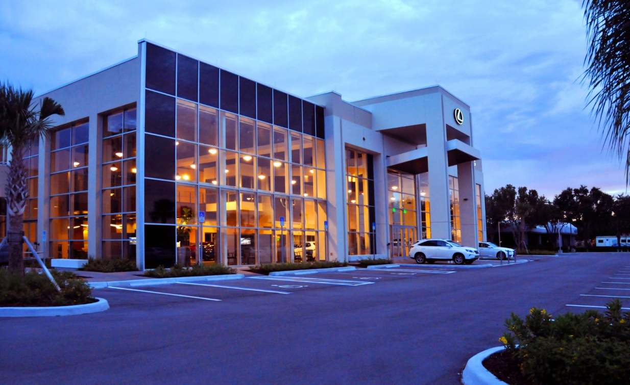 owen ames kimball company earns leed certification for scanlon lexus of fort myers dealership. Black Bedroom Furniture Sets. Home Design Ideas