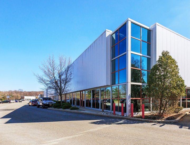 Totowa Commerce Center