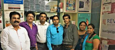 REVE Antivirus Sales Head Sushant Pawar with RT&T India Team