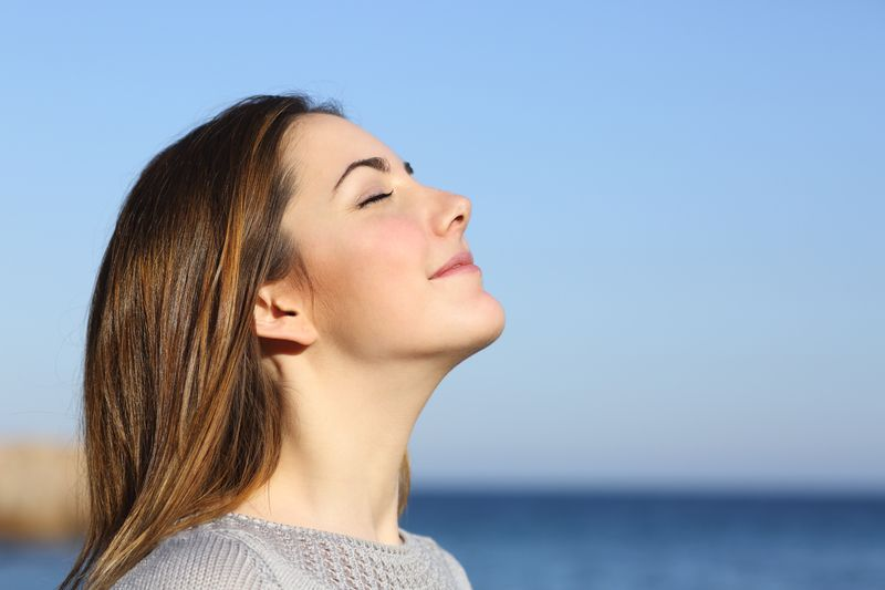 Chiropractic Helped this Woman With Hypothyroidism and IBS