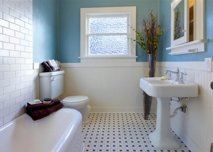 Prudent Ideas To Retile The Bathroom