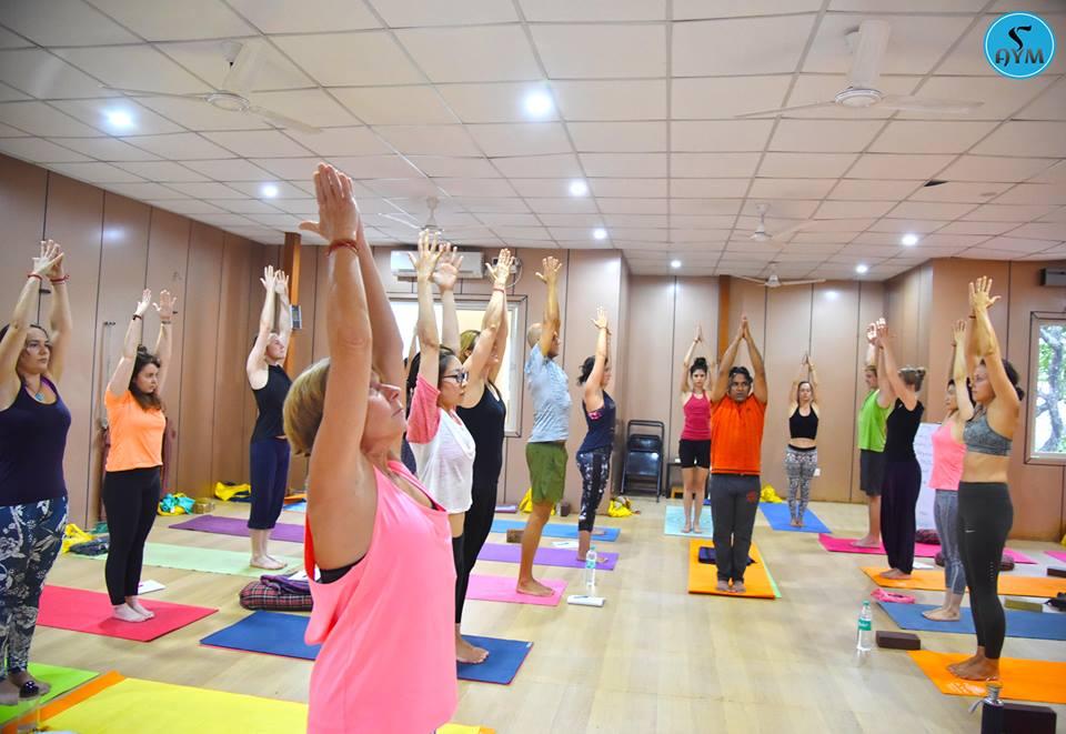 Ashtanga Yoga Teacher Training in Rshikesh