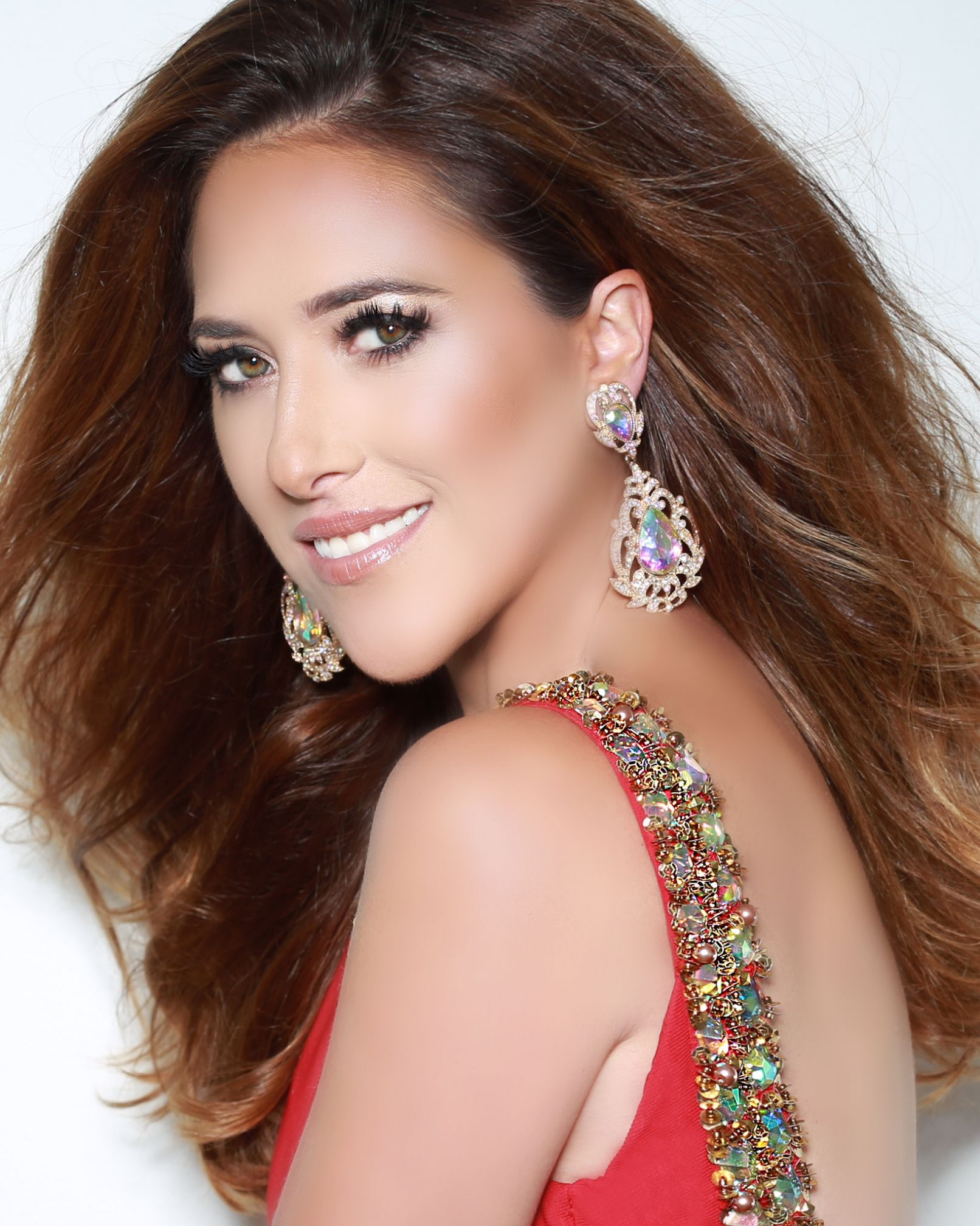 Julie Cangialosi is Mrs. of America and will compete at Mrs. World in December.