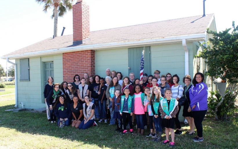 Girl Scouts Of Gateway Council Turn Over Beaches Little House To City Of Neptune Beach Girl