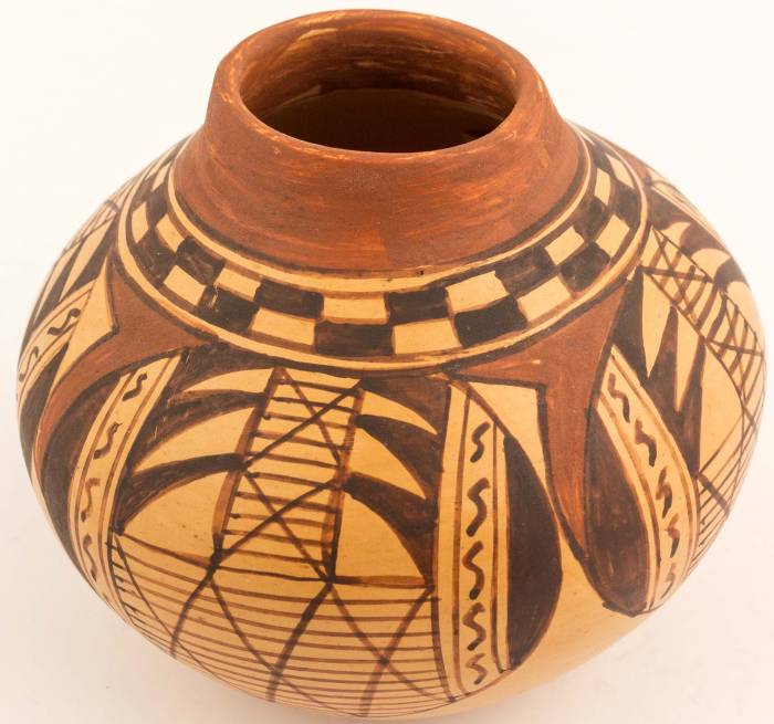 Small jar (4 inches tall) from Hopi, Arizona, crafted by Colleen Poleahla.
