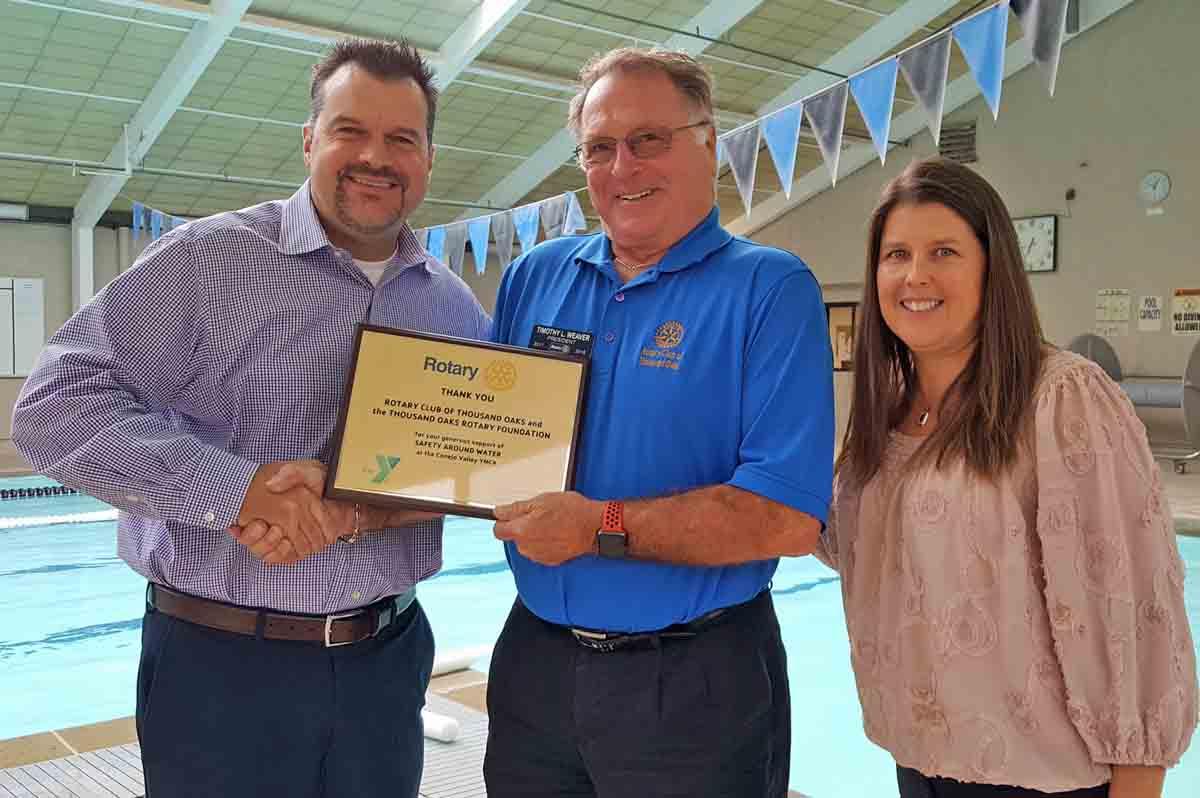 Thousand Oaks Rotary donates $10,000 to YMCA Swim Safety Program.