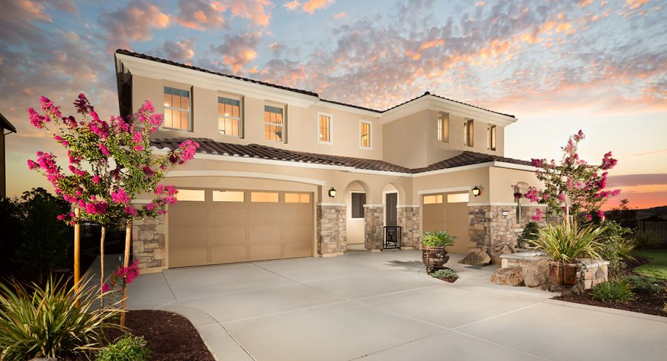 lennars next gen home design at summit view in the blackstone masterplan - Blackstone Home Design