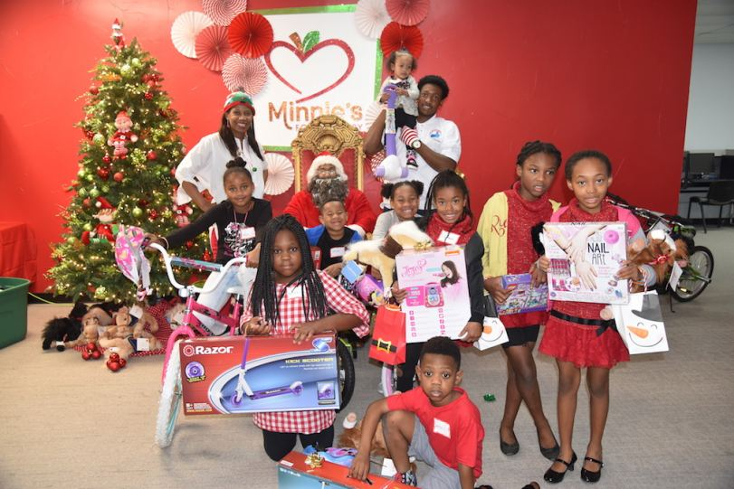 NSDJJ kicked off the holiday season with service at Minnie's Food Pantry.