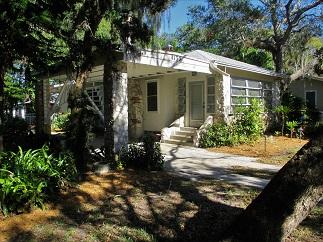 1130 Sedeeva St, Clearwater, FL 33755