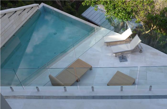 designer beach house - whale beach 90KB