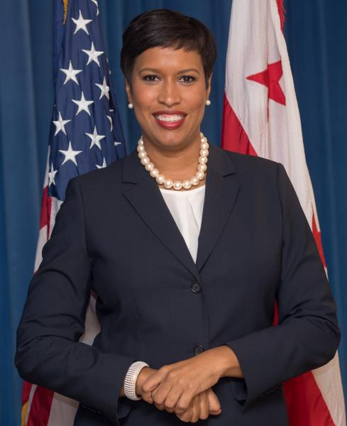 LEAP Foundation DC honors Mayor Muriel Bowser with Public Service Award.