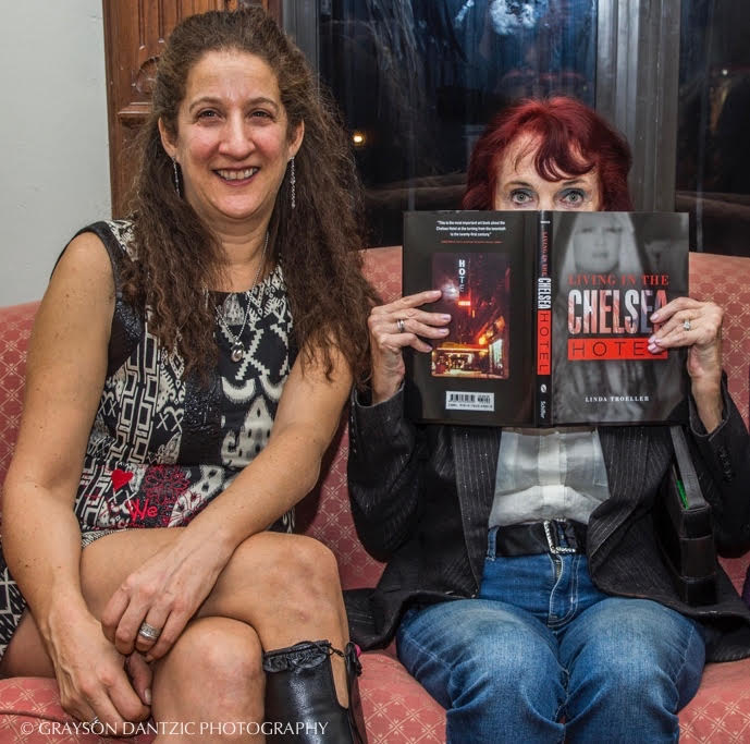 Art Dealer Loni Efron (L) with Photographer Linda Troeller (R)