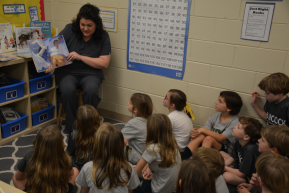 Dr. Angela Canfield Reads To Hancock Day School