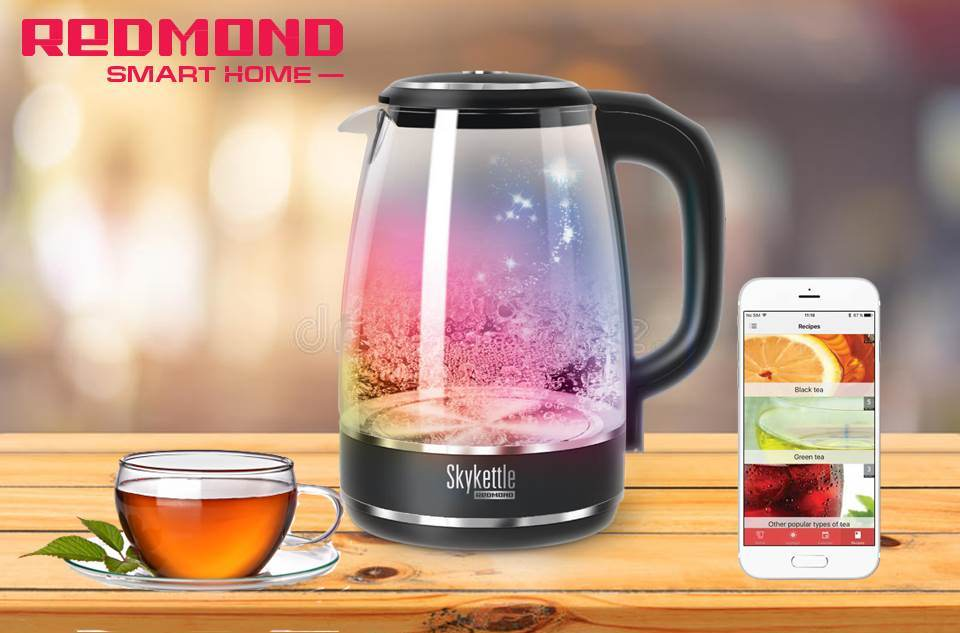 Smart kettle from REDMOND_