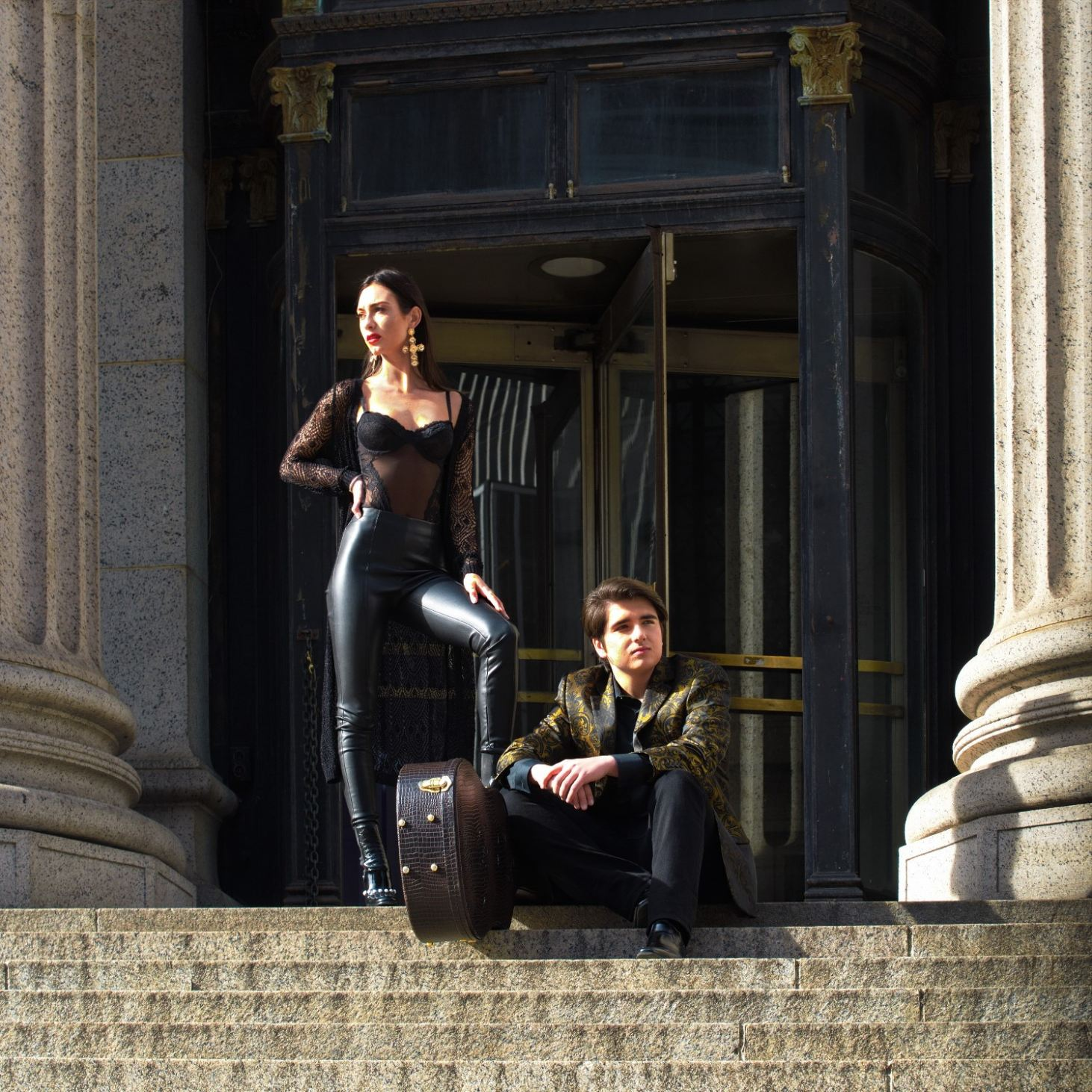Clayton Mann & Katie Belle : James Farley Post Office, NYC : Photo by #Udor