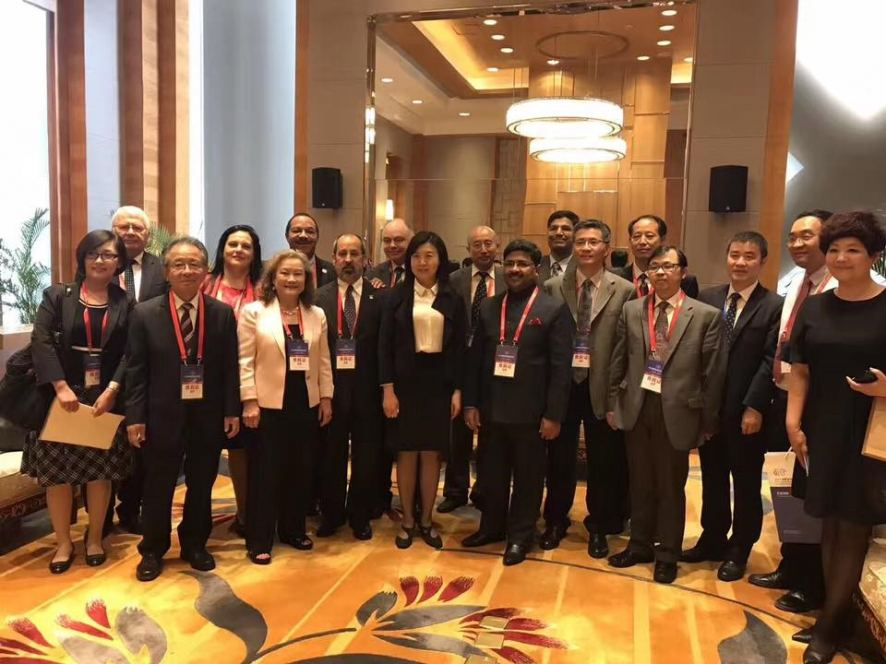 Kunwar Shekhar Vijendra with Delegates in China