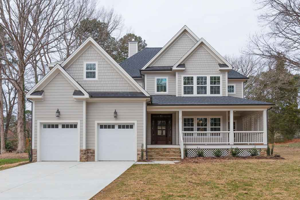 Grayson dare homes of durham wins two awards from houzz for Grayson home