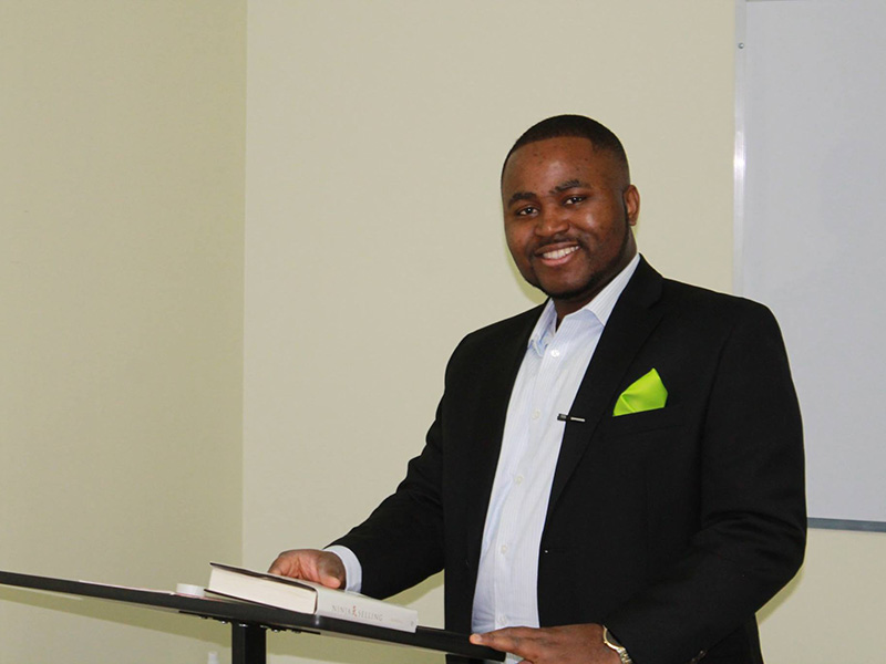 Kelechi Amadi presents lead generation secrets