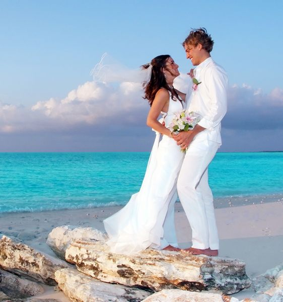 Romantics Weddings in the Bahamas