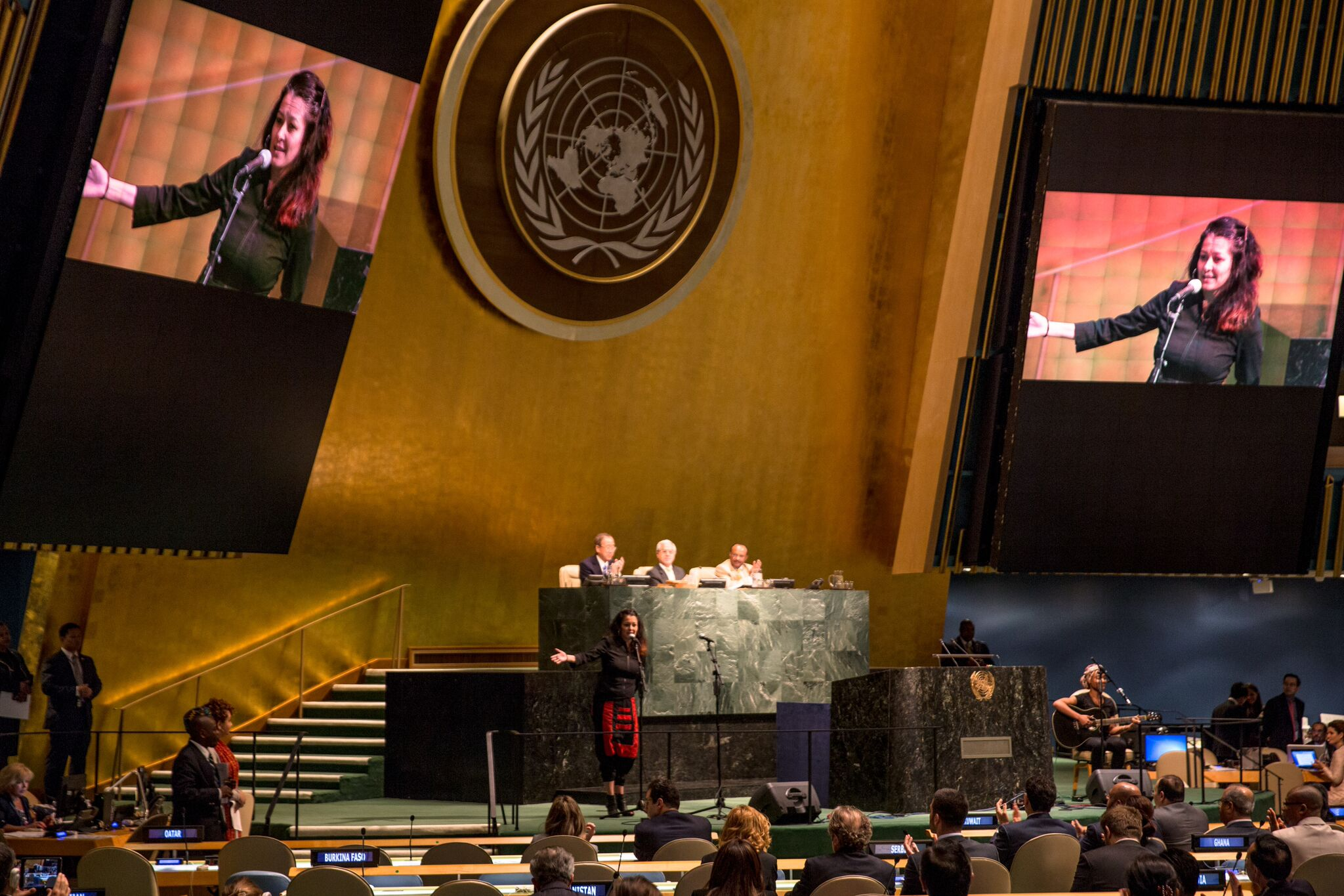 Emmy winning Filmmaker, Lisa Russell, Advocates for Artists at the UN